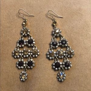 Crystal drop earrings with dark red , yellow gold